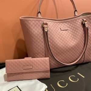 Gucci Micro GG Guccisima leather purse and wallet